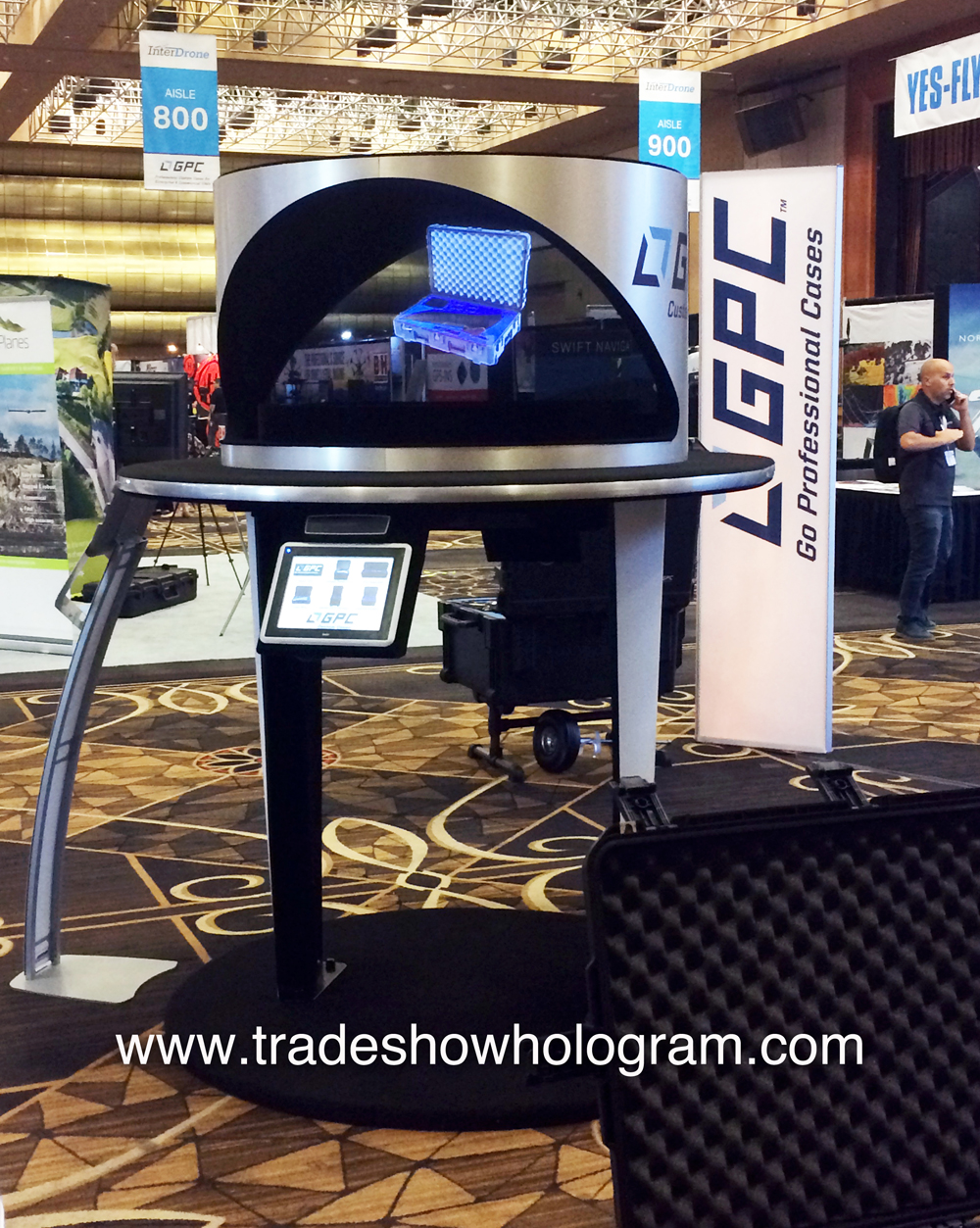 hologram projector, 3d, projection, trade show